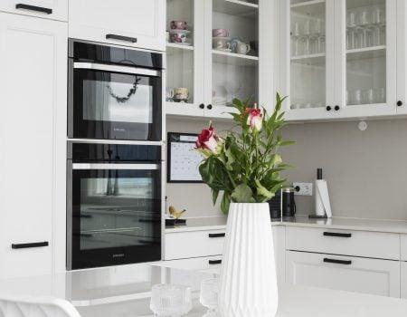 Kuchnie na wymiar – Klasyczna biała